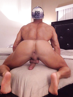 Buchetti gay squartati - Foto 16