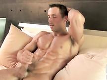 Sborra gay e muscoli