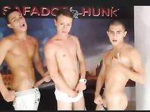 3 giovani gay a un casting xxx