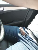 A chi piace fare pompino in macchina