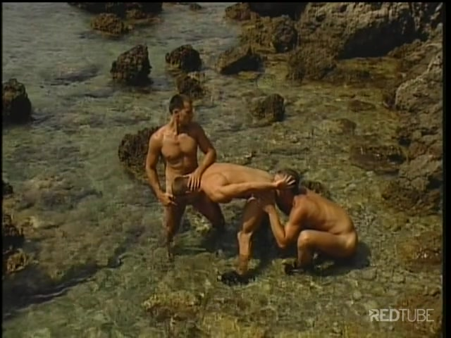 Peruviana palestata in video porno in palestra.