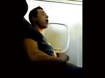 Sega gay in aereo italiano