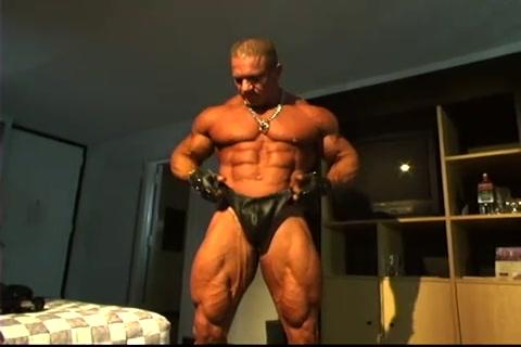 Giovanni Si Fa Una Sega Gayqueer