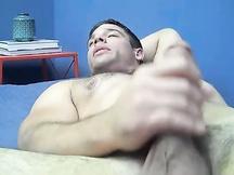 Derek Atlas si masturba