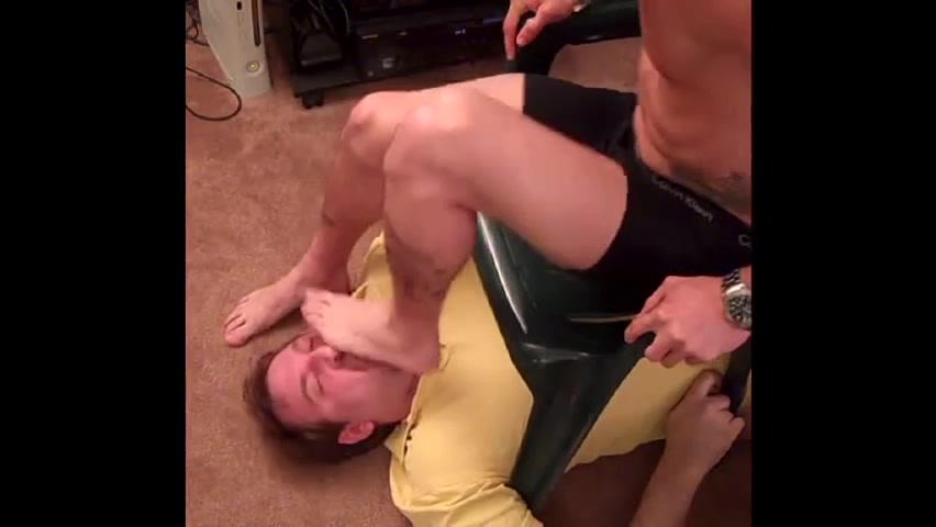 cremona gay video piedi gay