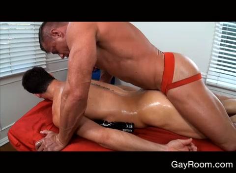 cinese gay massaggio porno gay drago peloso porno