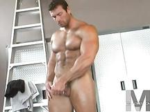 Super fusto gay