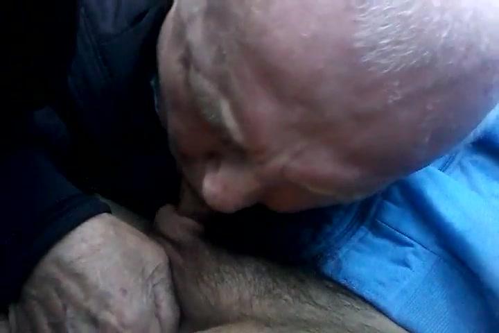 Kaley Cuoco video di sesso